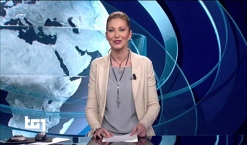 Attacchi a conduttrice del Tg1 che porta il Crocifisso: Fratelli d'Italia la difende