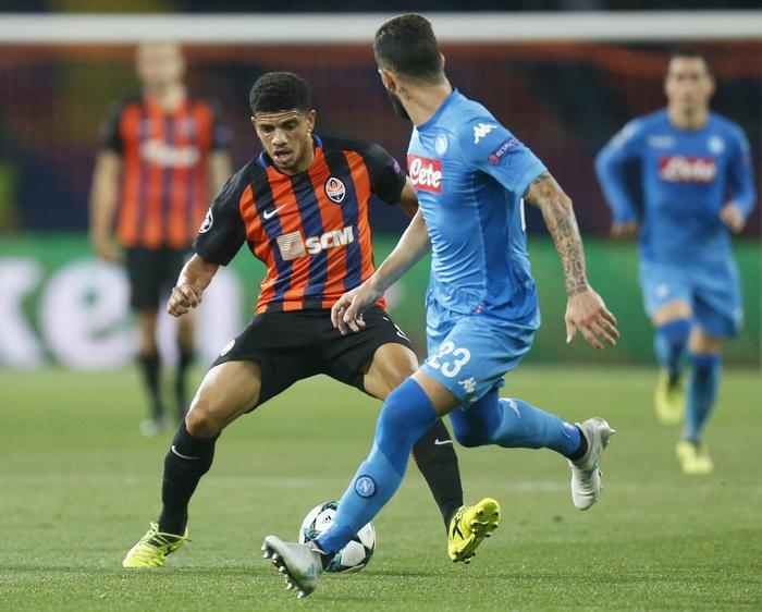 Champions, comincia male l'avventura del Napoli: perde in Ucraina 2 - 1