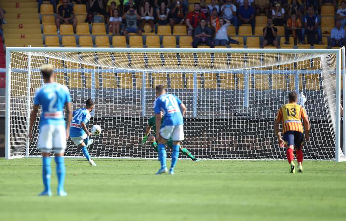 Bene Napoli e Roma lanciate all'inseguimento di Inter e Juventus