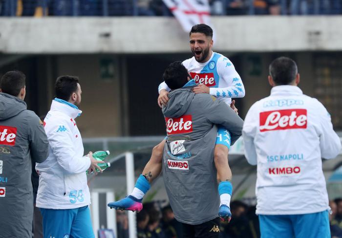 Roma e Napoli non mollano, il Milan batte la Fiorentina e si avvicina all'Europa