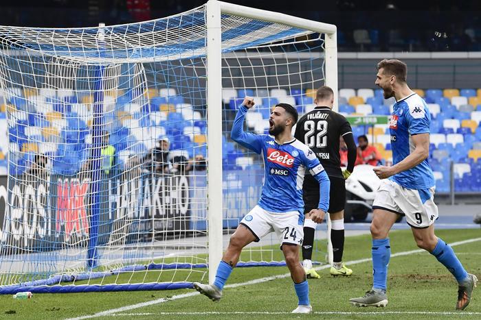 Il Napoli supera il Perugia con due rigori e va ai quarti di finale di Coppa Italia