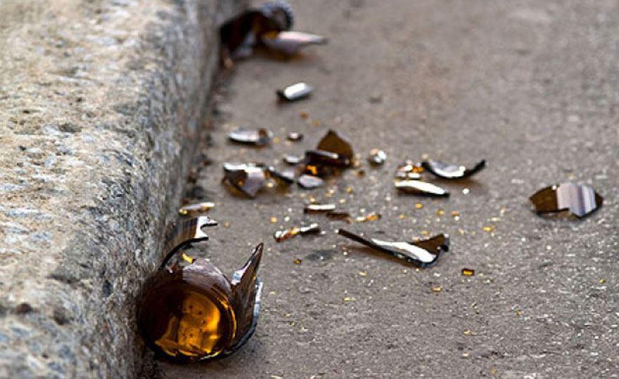 Napoli, turisti minacciati e feriti con un coccio di vetro per una rapina