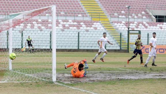 Il Messina supera la corazzata Juve Stabia (Risultati e classifica di Lega Pro)