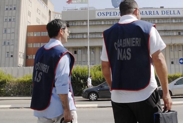 Truffa da 400 mila euro in un centro medico a Marsala, due indagati