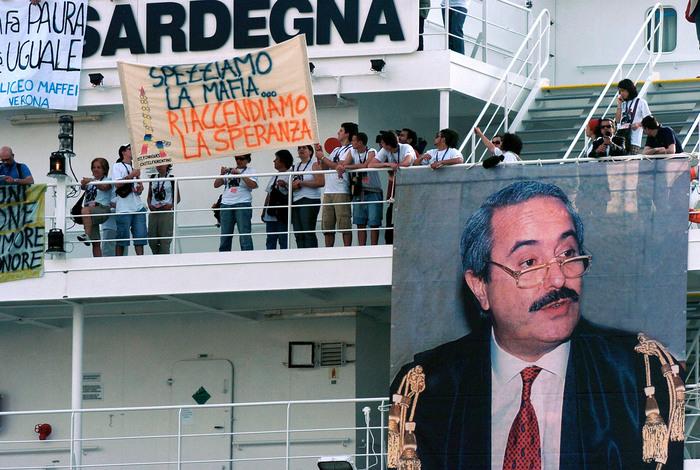 Da Civitavecchia a Palermo arriva la nave della legalità