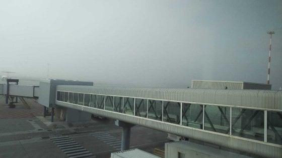 Sei voli dirottati da aeroporto di Palermo a causa della nebbia