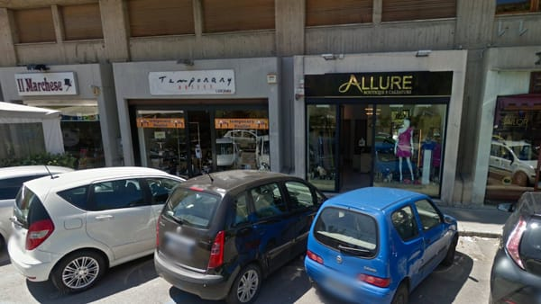 Furto con la  'spaccata' a Palermo da 'Leone Collection outlet'