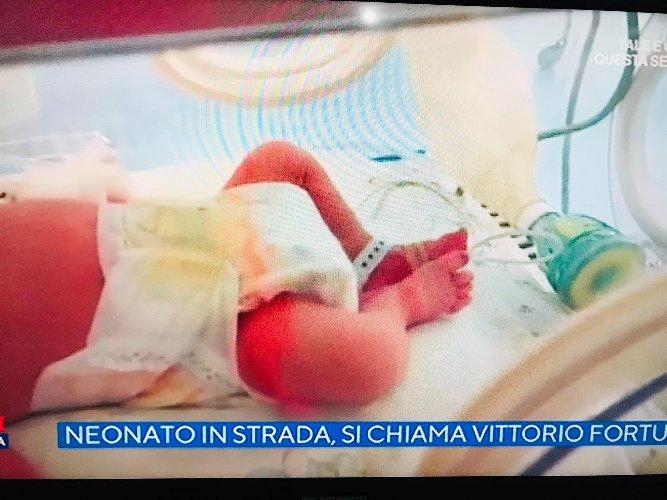 Ragusa si mobilita per il neonato abbandonato: aperto conto corrente