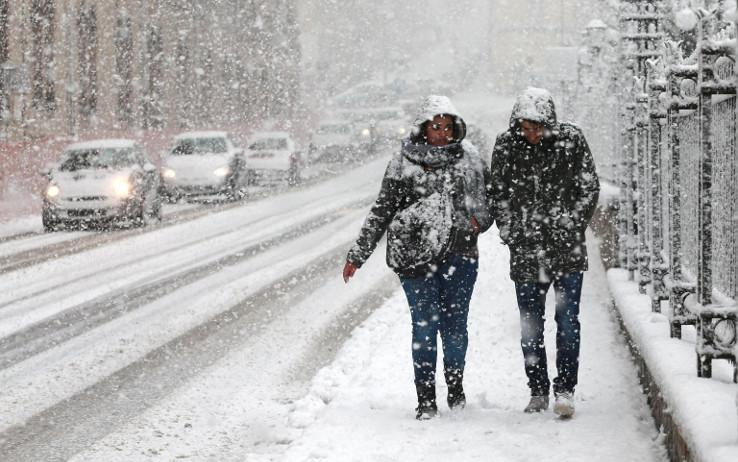 Maltempo: durerà almeno altri 10 giorni, ancora freddo e neve