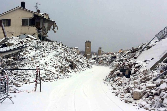 Maltempo, gelo e freddo sull'Epifania: neve nelle zone terremotate