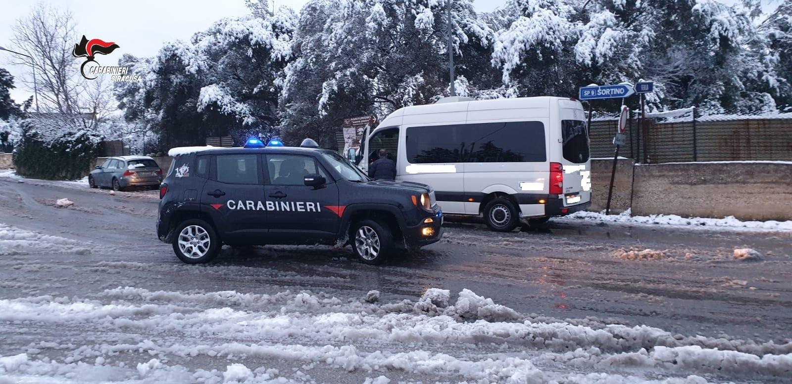 Neve a Sortino, soccorsi disabili per il pulmino in panne