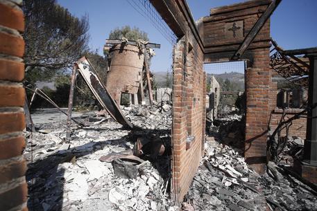 Incendi in California, le vittime salgono a 48