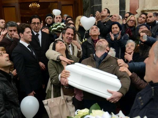 La morte di Nicole, a Catania nonni e bisnonni si costituiscono parte civile