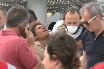 Arrivati ad Augusta 650 migranti, una donna  partorisce a Lentini