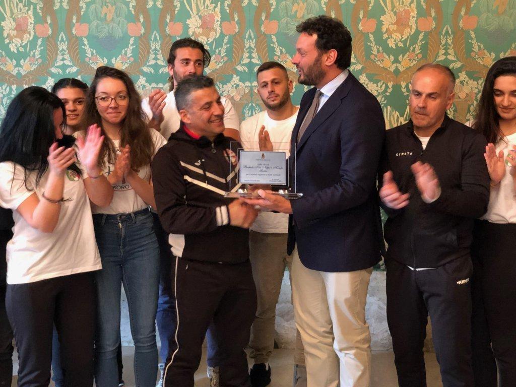 """Arti marziali, il sindaco di Siracusa premia la """"Bushido Kai Sicilia"""""""
