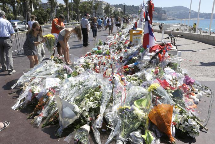La strage di Nizza, scontro istituzionale sulla video sorveglianza