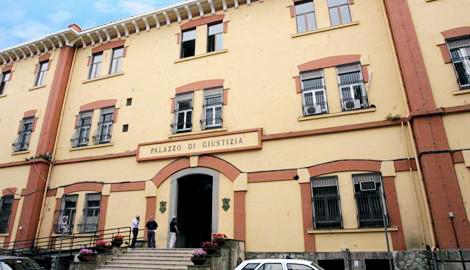 Falsa bomba al Tribunale di Nocera Inferiore: 3 denunciati