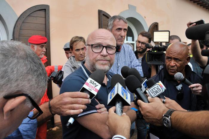Alluvione Livorno, indagato il sindaco