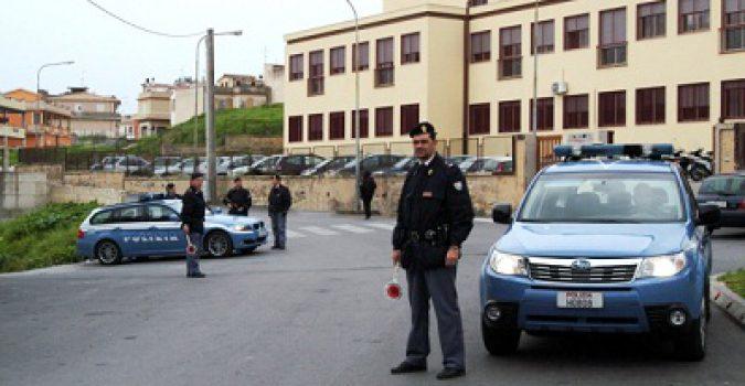 Controlli straordinari del territorio della polizia a Noto
