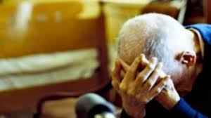 Mascalucia, minaccia con un coltello il padre 90enne: torna in carcere