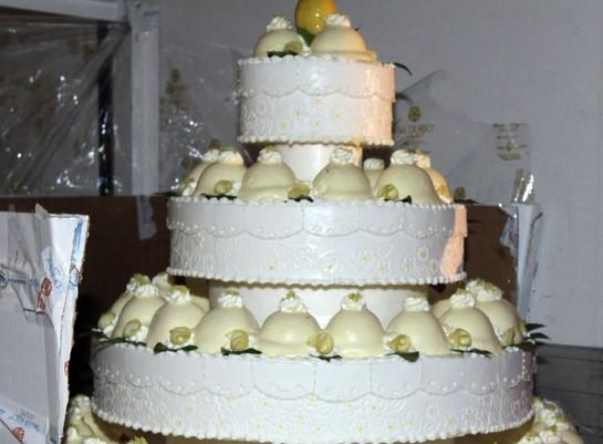 Canicattì, tutti i condomini invitati alle nozze: i ladri svaligiano il palazzo