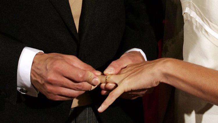 Finte nozze dei migranti, 6 rinviati a giudizio a Palermo