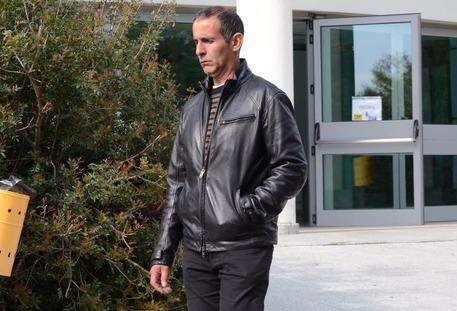 Nule, agguato al padre di un giovane condannato per omicidio: ferito a fucilate