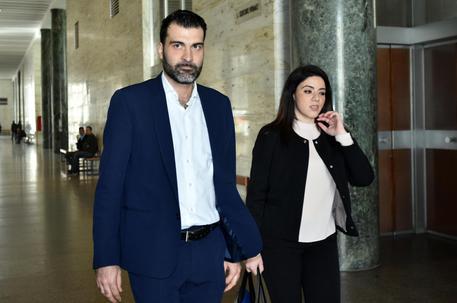 Palermo, firme false M5s e Nuti rompe il silenzio: sono estraneo