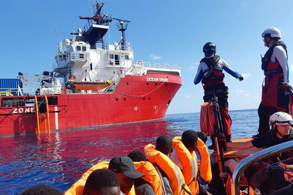 Migranti, Ocean Viking salva altre 50 persone nelle acque maltesi