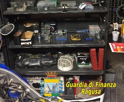 Abusivismo, i finanzieri sequestrano un'officina a Ragusa