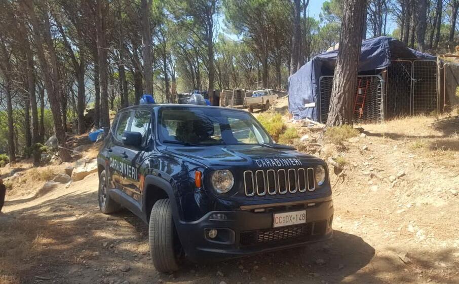 Omicidio in Sardegna, pregiudicato ucciso in un maneggio di sua proprietà