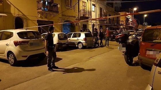 Omicidio a Palermo, ucciso con una coltellata nella zona dei Cantieri Navali