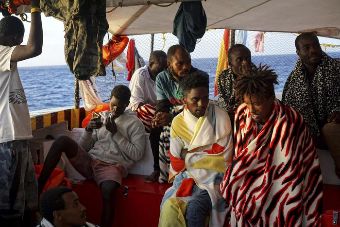 Migranti, la Procura di Agrigento acquisisce documenti sulla Open Arms