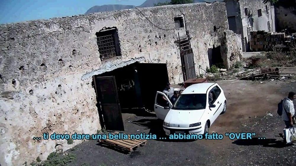 Truffe alle assicurazioni a Palermo, 16 arresti