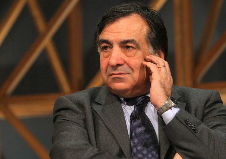Il M5s predispone la mozione di sfiducia al sindaco di Palermo