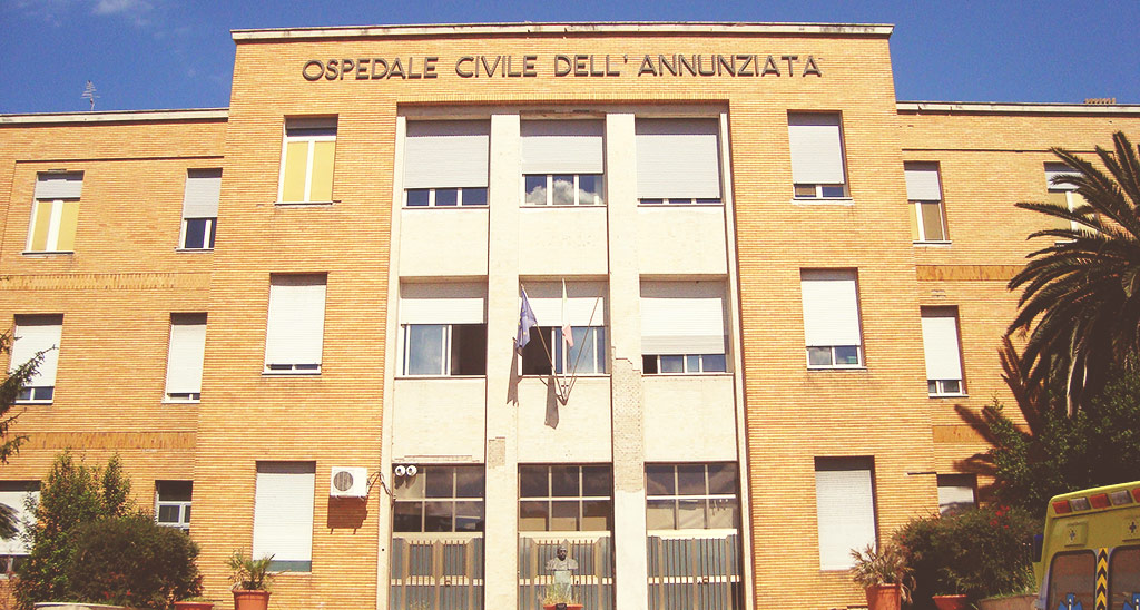 Giovane muore a Cosenza, tensione in ospedale con i parenti
