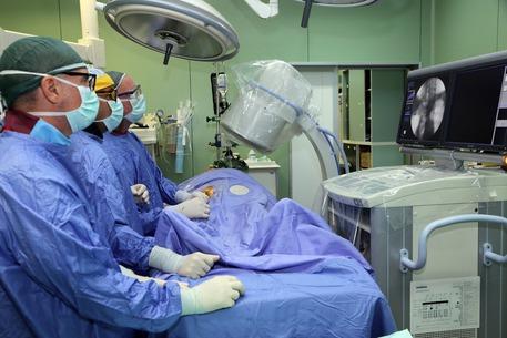 """Occupano un ospedale nel Cosentino: """"No alla chiusura dei reparti"""""""
