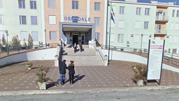 Violenza sessuale su 5 pazienti: arrestato medico dell'ospedale di Manfredonia