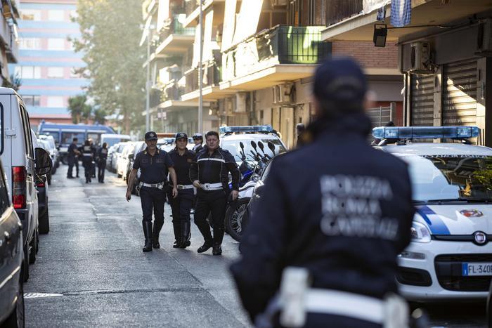 Operazione contro i clan a Ostia, sei arresti