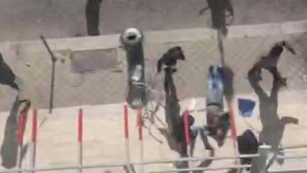 Gli scontri pre partita in pieno centro a Palermo, convalidati gli 8 fermi e disposto il carcere