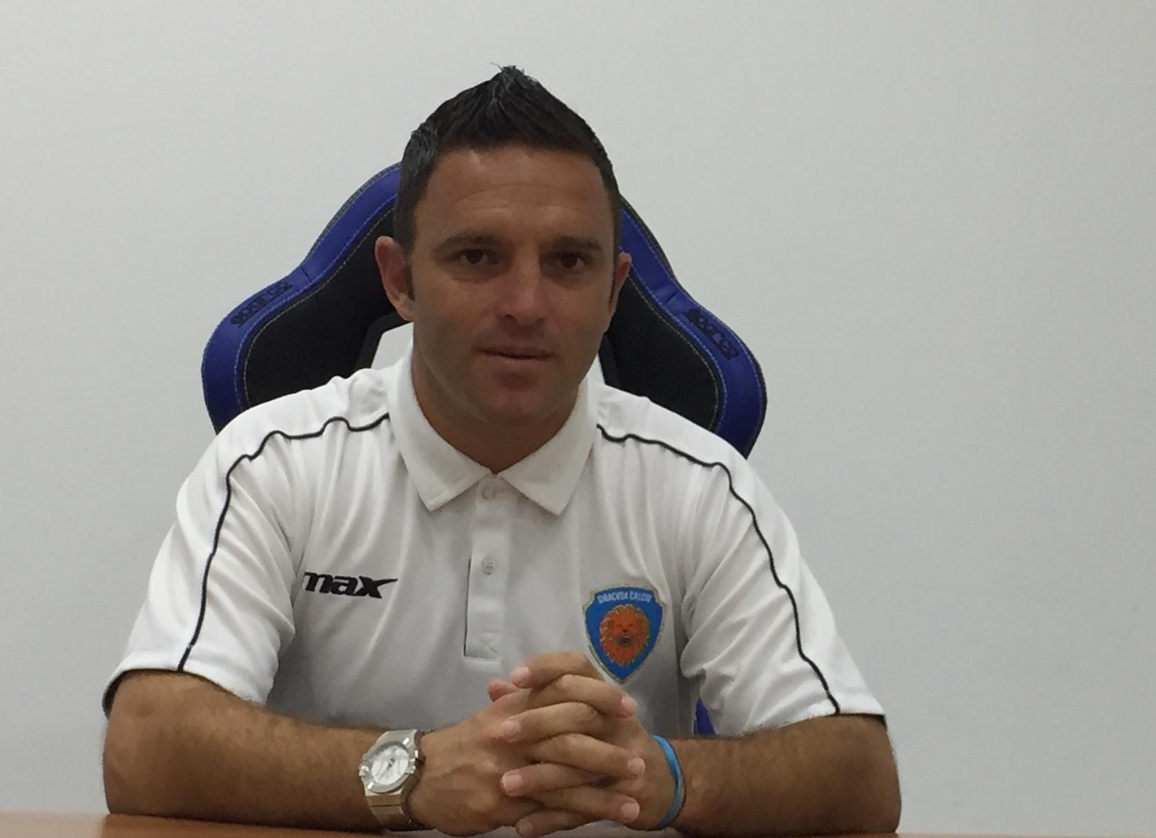 Il Siracusa gioca a Rieti e l'allenatore Pagana si gioca la panchina