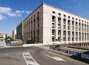 Palermo, lastre di marmo rischiano di crollare al palazzo di giustizia