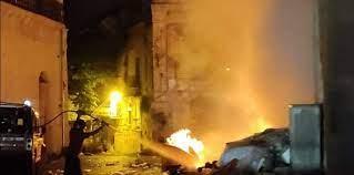 Favara, rogo di rifiuti danneggia palazzo storico: indagini dei carabinieri
