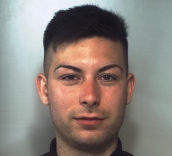 Catania, beccato a spacciare droga a San Cristoforo: arrestato