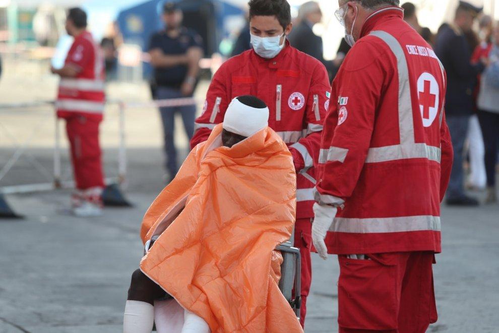Inchiesta sulla sbarco di migranti a palermo,  a Catania fermati 6 presunti scafisti
