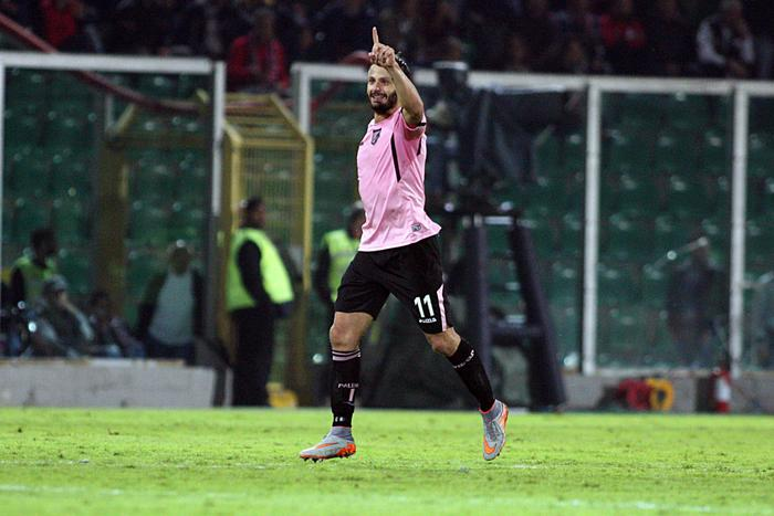 """Palermo brillante al """"Barbera"""" incassa un gol dall'Inter poi rimonta e finisce in parità ( 1 - 1)"""