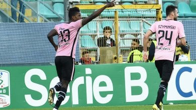 Il Palermo con un gol per tempo mette il Brescia alle corde