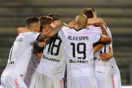 Palermo corsaro contro la Salernitana: vince ma dovrà fare i play off per la A