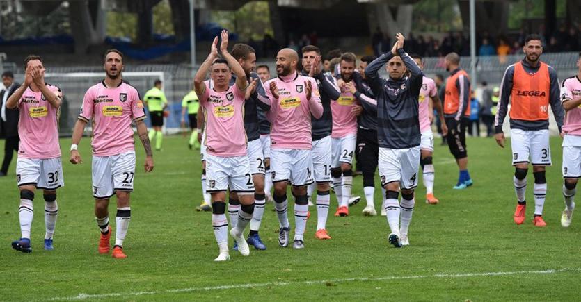 Gli avvocati del Palermo chiedono al Coni di fermare i play off di serie B