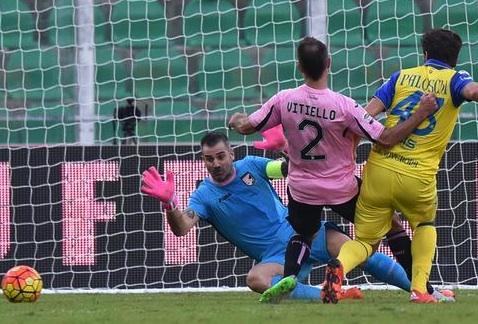 Il Palermo soffre contro il Chievo ma un guizzo di Gilardino salva la panchina a Iachini (1 - 0)